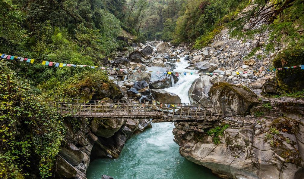Image Le tour du dhaulagiri et thapa peak (6012 m)