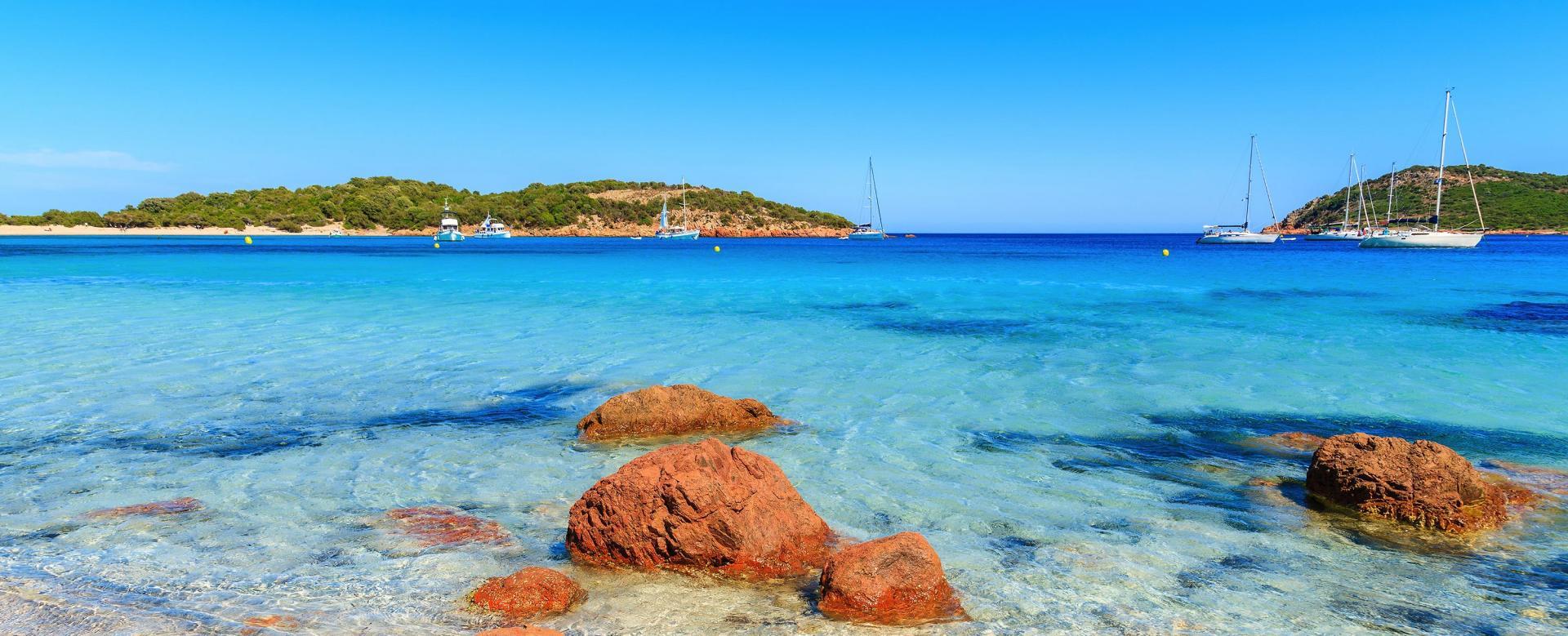 Voyage à pied France : L'île corsaire