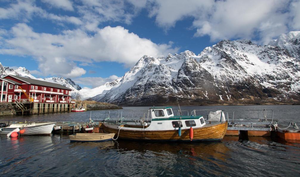 Image Ski et aurores boréales aux îles lofoten