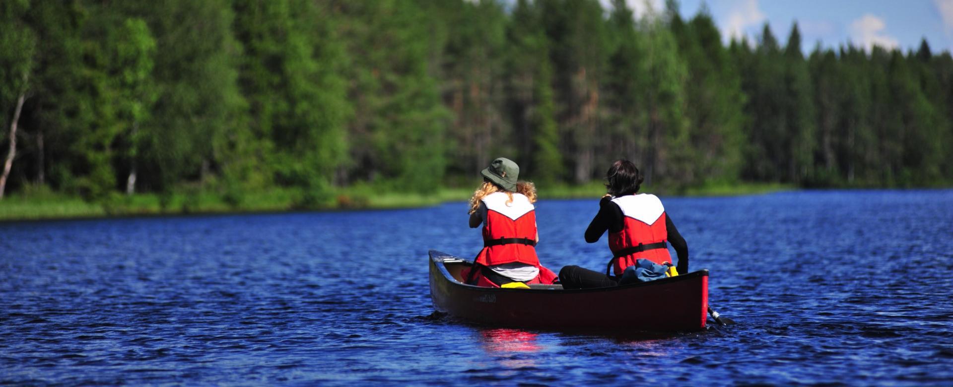 Voyage sur l'eau : Canoë, entre lacs et rivières