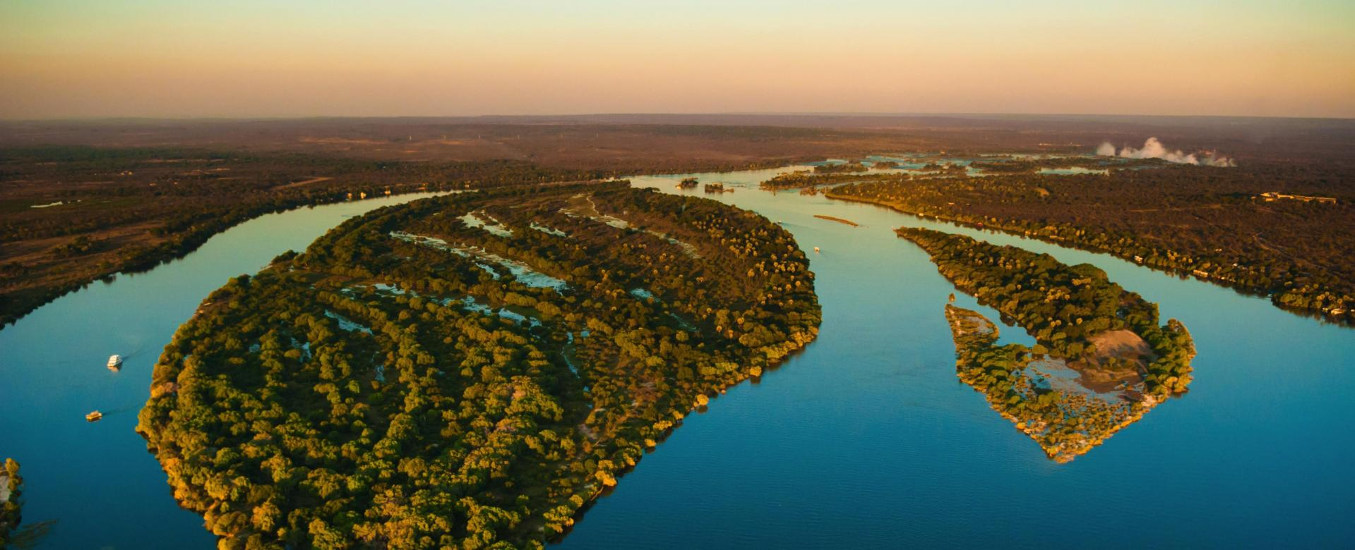 Voyage avec des animaux : Des chutes victoria au lac malawi