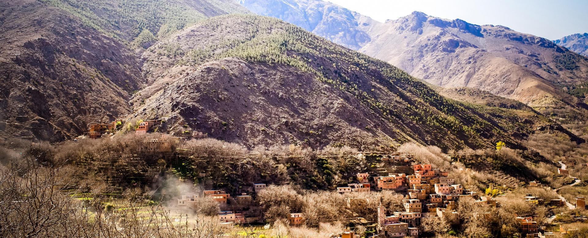 Voyage à pied : Villages berbères et ville rouge