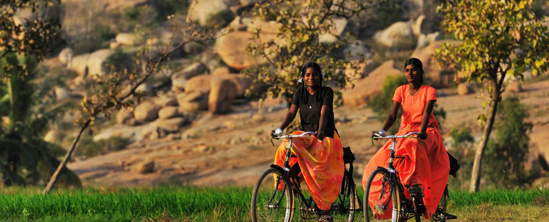 Voyage en véhicule : Inde à vélo, des temples d\'hampi aux plages de goa