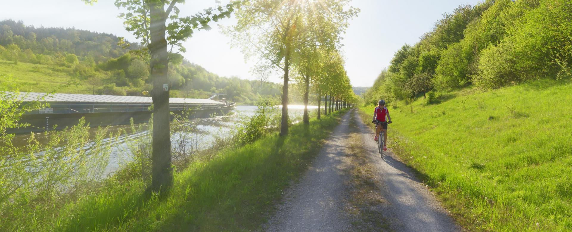 Voyage en véhicule Autriche : Le long du danube à vélo, de vienne à budapest