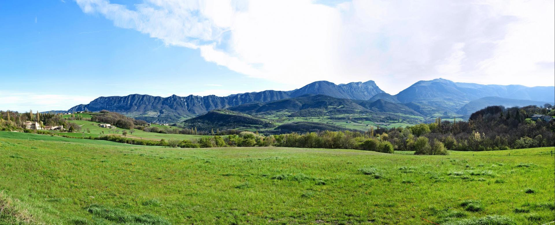 Voyage en véhicule : Alpes du Nord : Au fil de la drôme à vélo