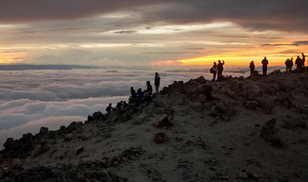 Image Des volcans mayas aux temples de tikal