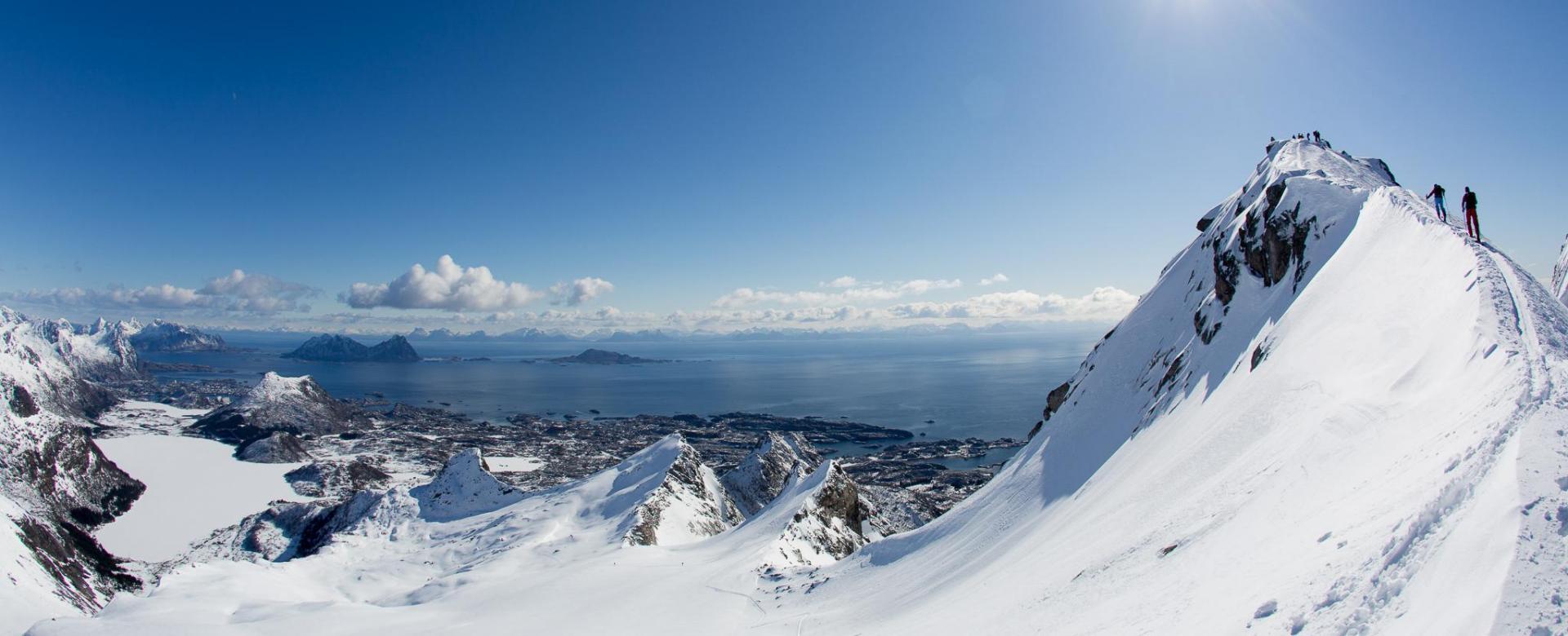 Voyage à la neige : Ski et aurores boréales aux îles lofoten