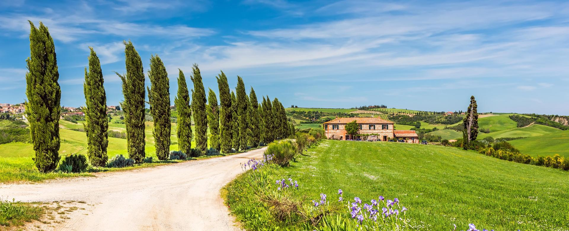 Voyage en véhicule : Toscane, terre d'histoire à vélo