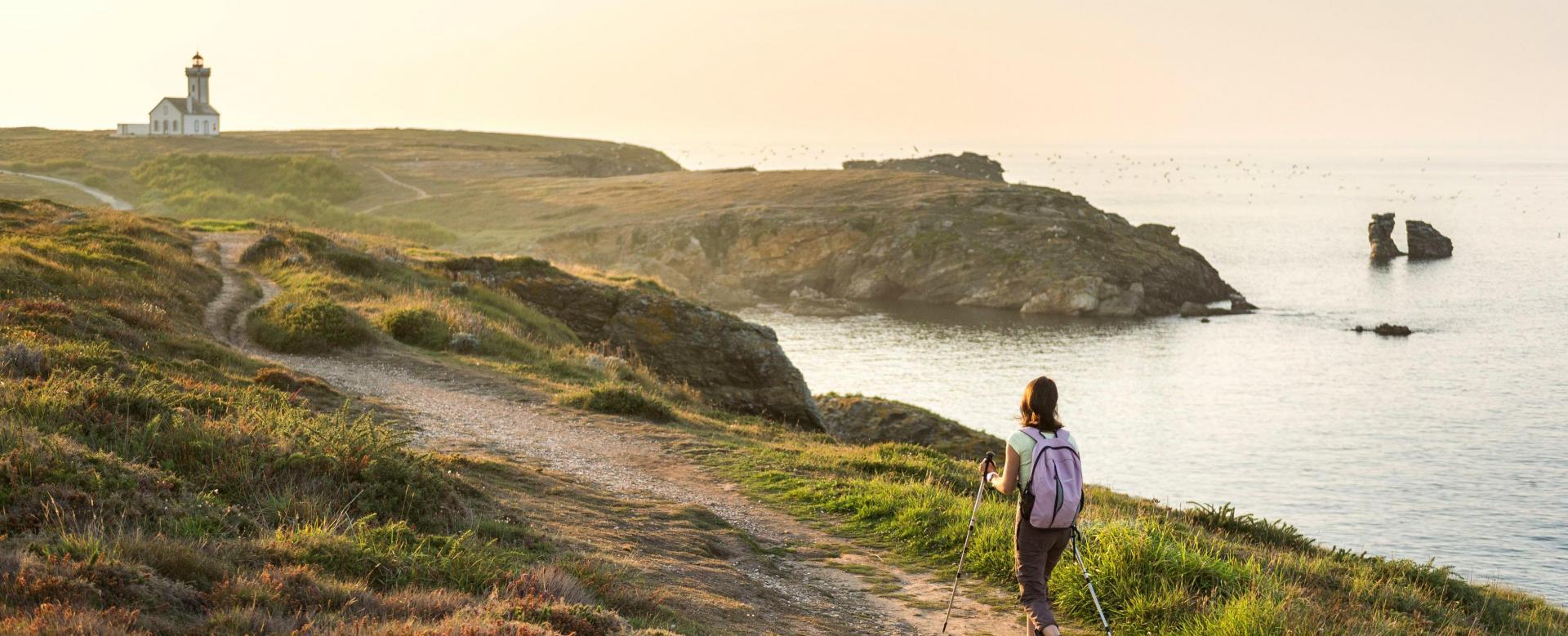 Voyage à pied : Bretagne : Belle-île-en-mer sur le fil du gr34