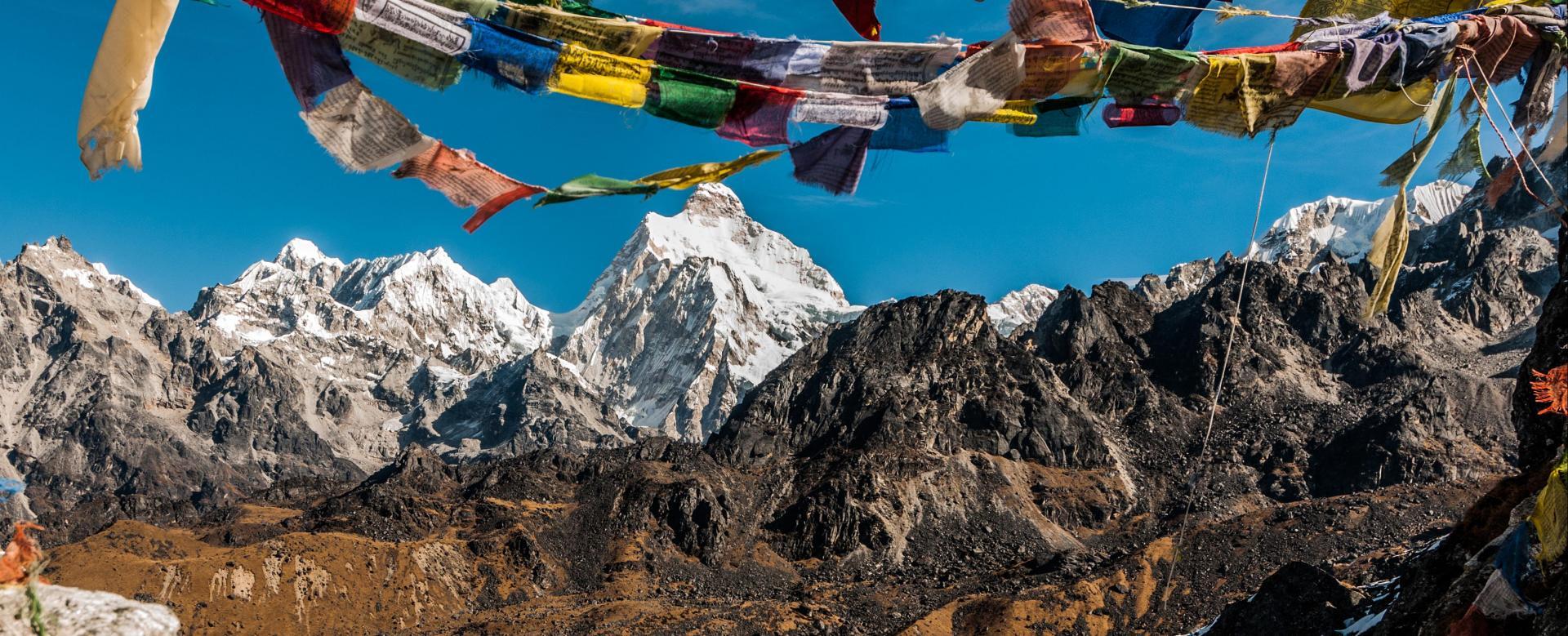 Voyage à pied : Trekking du kangchenjunga (8586 m)