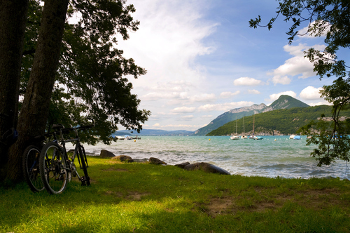 Image La via rhôna à vélo : d'annecy à lyon
