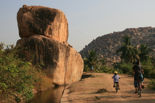 Image Inde à vélo, des temples d'hampi aux plages de goa