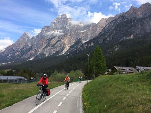 Image Les dolomites à vélo en famille